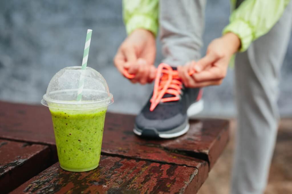 Es importante hidratarse bien y consumir muchas vitaminas y minerales para poder cuidar nuestro cuerpo.