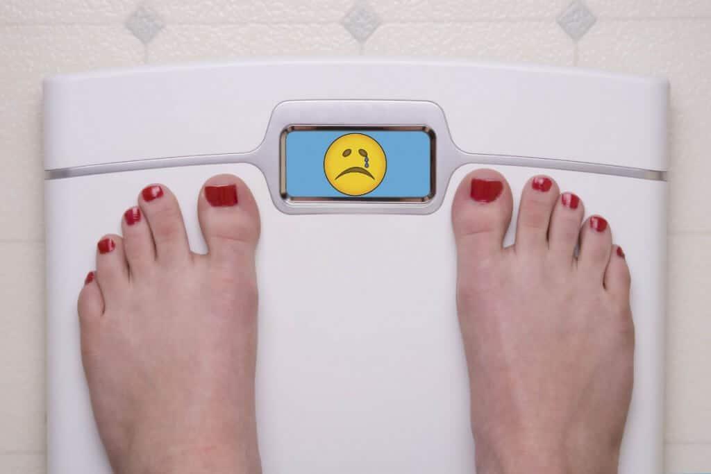 Las personas obesas o con exceso de peso tienen mayor porcentaje de riesgo de sufrir depresión que el resto de personas. El abandono de hábitos de vida saludable parece ser uno de los motivos.