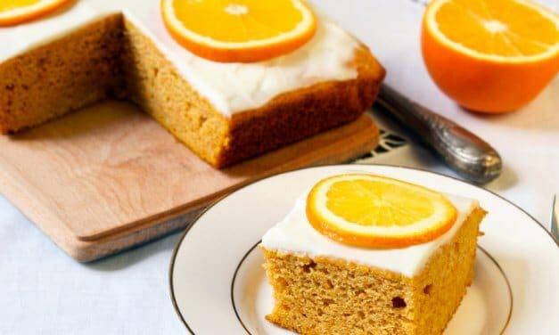 Bizcocho de naranja con glaseado [Receta fácil]