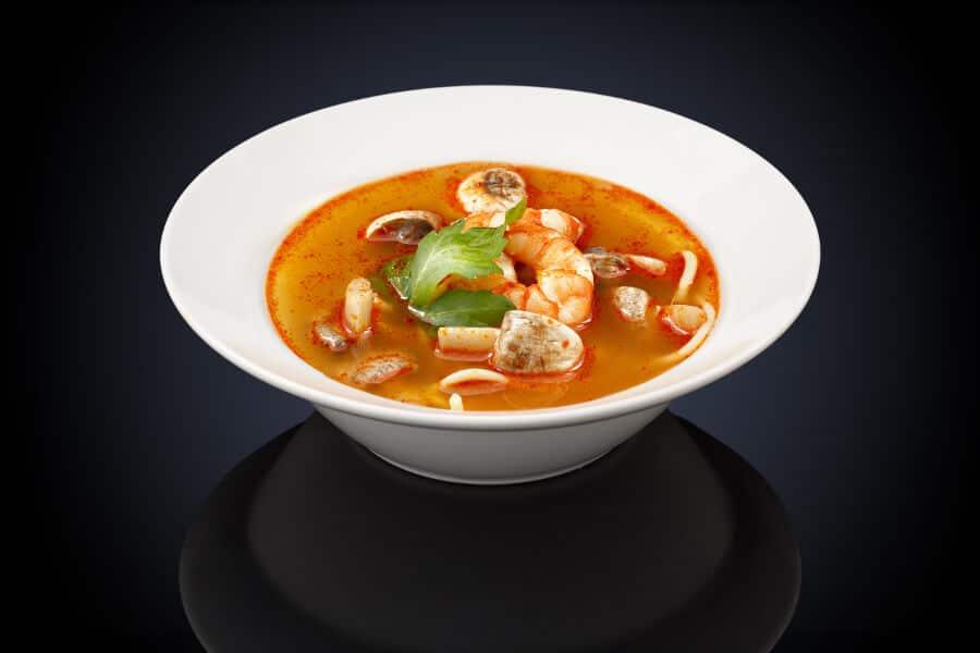 Sopa de miso con gambas y setas