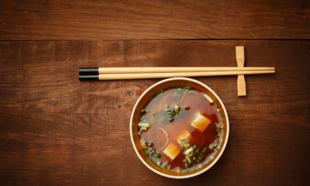 Cómo hacer sopa de miso tradicional [Receta japonesa fácil]