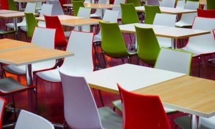 Comer en el colegio: ¿catering caliente, cocina 'in situ' o línea fría?