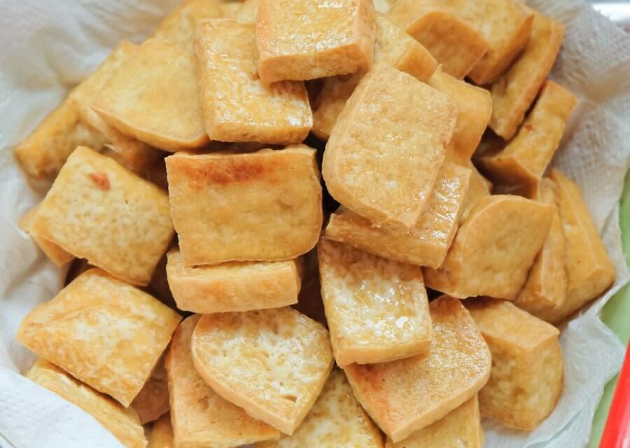 Tofu frito crujiente [Receta fácil y rápida]