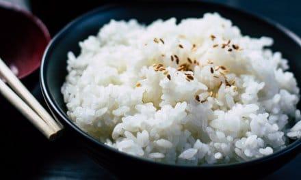 Comer más arroz podría proteger contra la obesidad, según un estudio