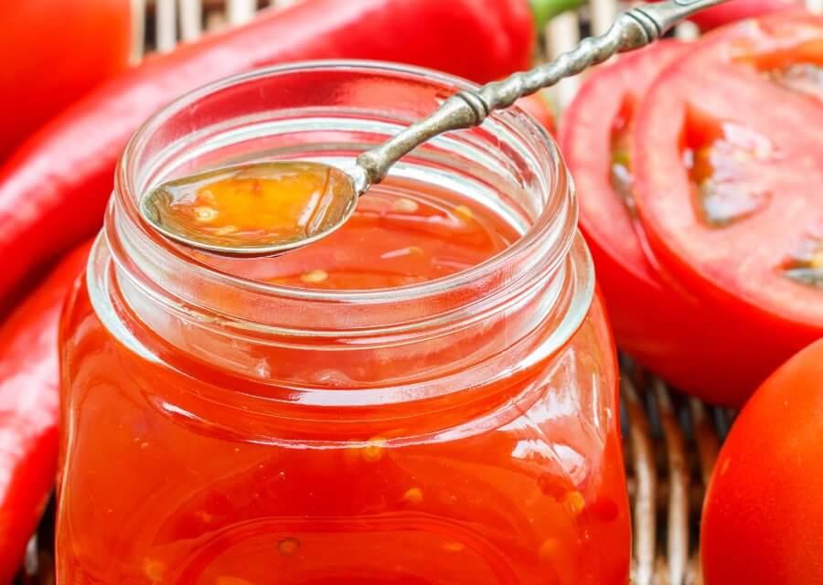 Mermelada de tomate picante con especias [Receta fácil]