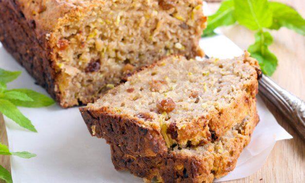 Pan dulce de calabacín y pasas [Receta fácil]