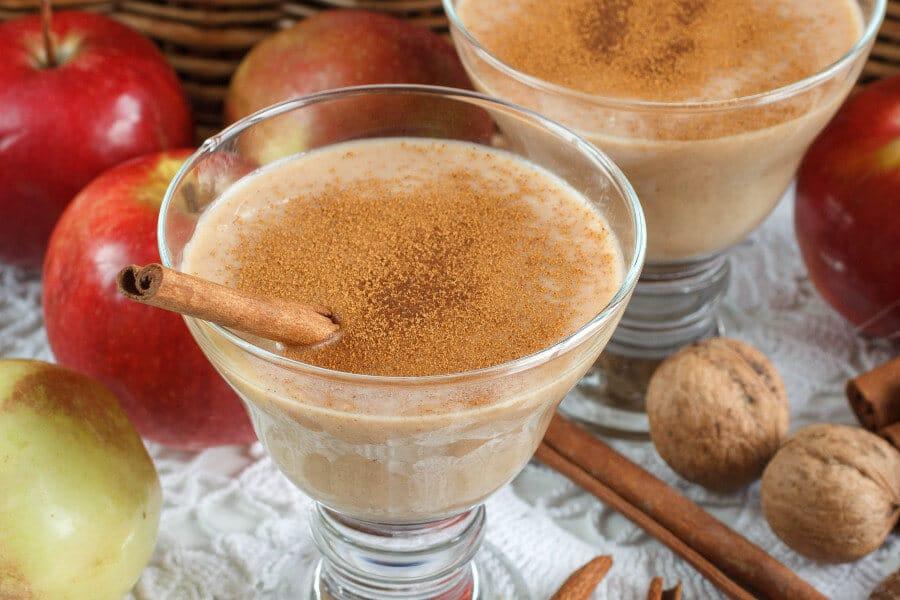 Receta de smoothie manzana con frutos secos y canela