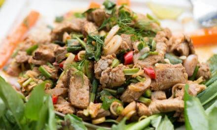 Ensalada tailandesa de ternera [Receta Fácil]