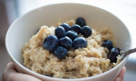 Porridge de avena: el desayuno vegano más saludable